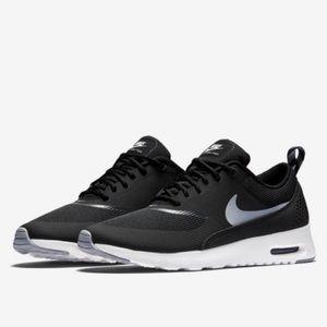 NIB Nike Air Max Thea Black/Grey 7